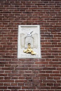 amsterdam-detail-sculpture-mur