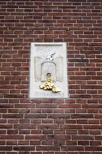 amsterdam-detail-sculpture-mur