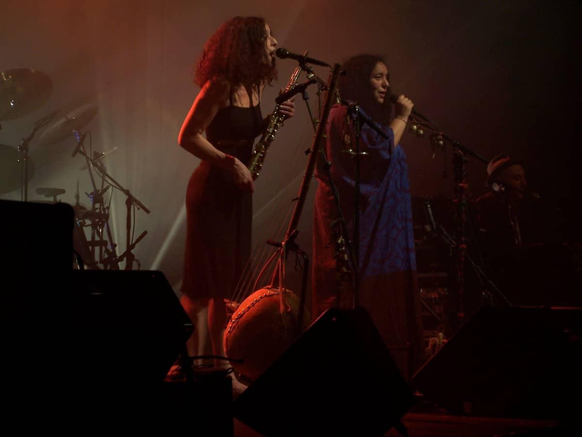 concert-lo-jo-avril-2005-centre-socioculturelle-francois-rabelais-72-les-chanteuses